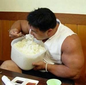 comendo-arroz